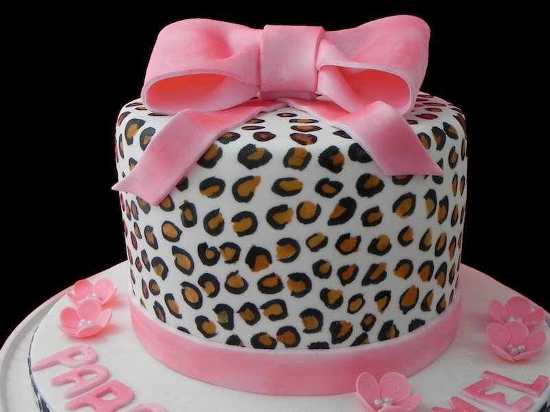 Leopard Birthday Cake Photos