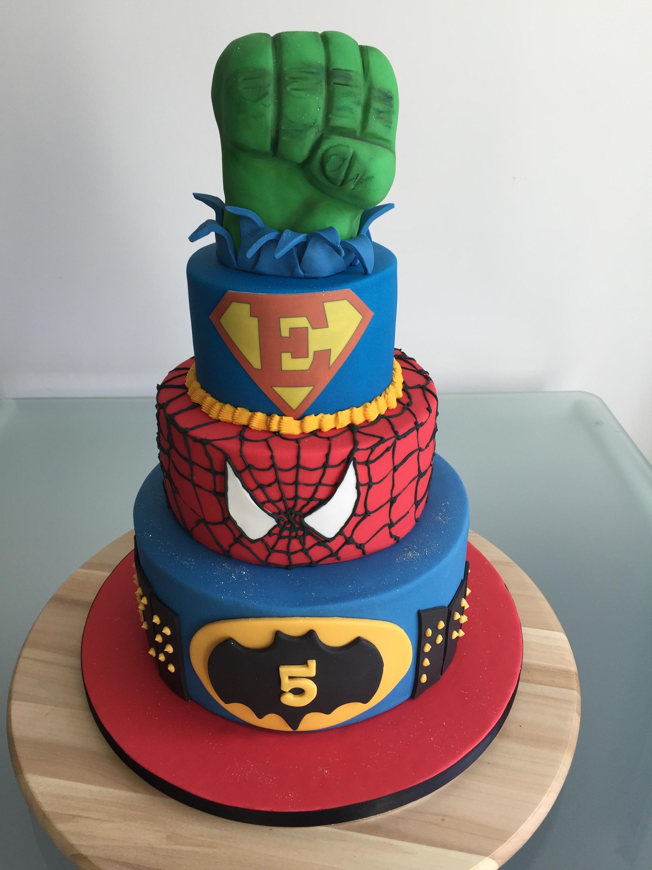 gteau cupcakes sabls cake pops tout pour assurer la gourmandise de tous ses copains le thme super hros ou meilleur super esteban
