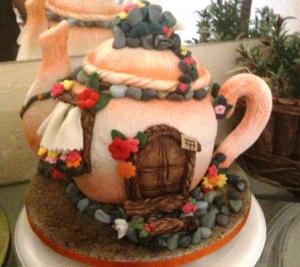 Gâteau Sculpté Théhière - 15 parts 150€